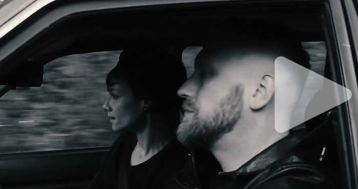 "Videoclip: On The Floor ""Chain"""